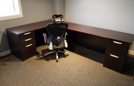 Office suite with high end desk and high back office chair